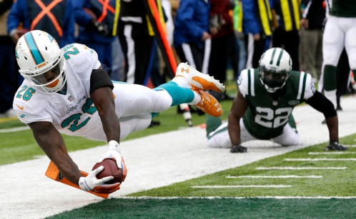 dolphins-jets-football-lamar-miller-aaron-berry_pg_600