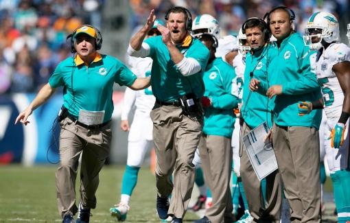 Miami Dolphins vs Tennessee Titans