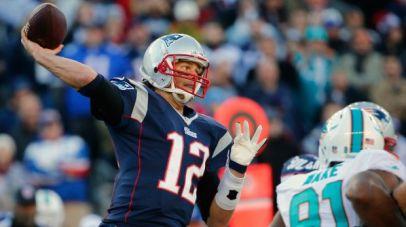 PI-NFL-Patriots-Brady-12162014-afcseedingswk15.vadapt.620.high.94