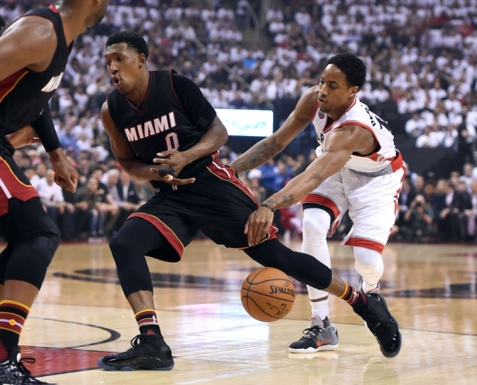 josh-richardson-demar-derozan-nba-playoffs-miami-heat-toronto-raptors.jpg